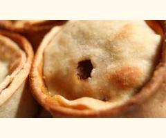 Tongmaster Scotch Pie Kit - 12 Pie Shells, Seasoning mix and Free Lids